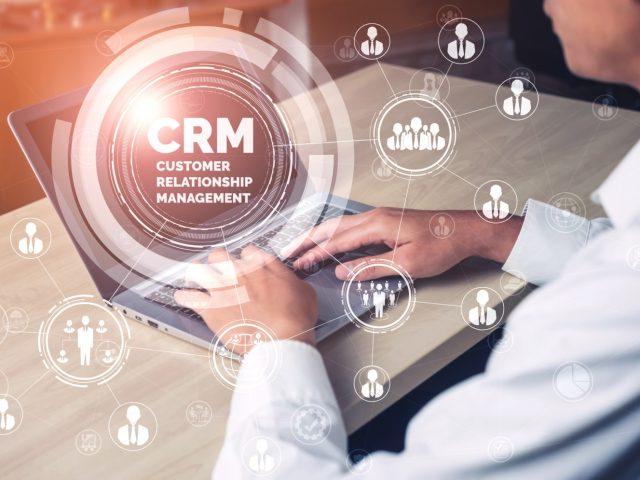 CRM для риэлторов: плюсы и минусы
